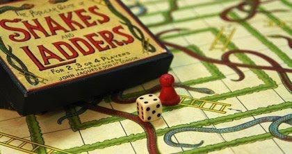 Snakes ও Ladders খেলাটির উৎপত্তি ভারতেই